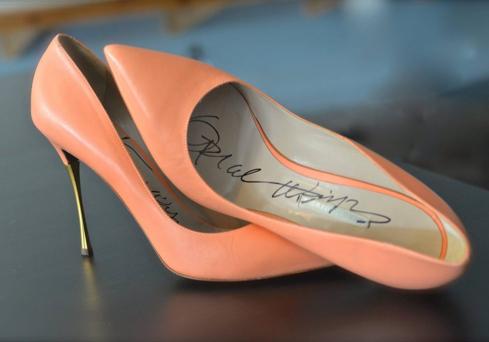 Autographed item from Oprah Winfrey (item from 2017 Auction)